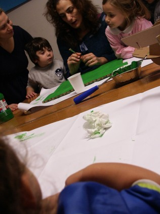 Laboratori_giochi_educativi_gioco_apprendimento_play_learn_workshop_florence_italy_in_the_box_lab_01